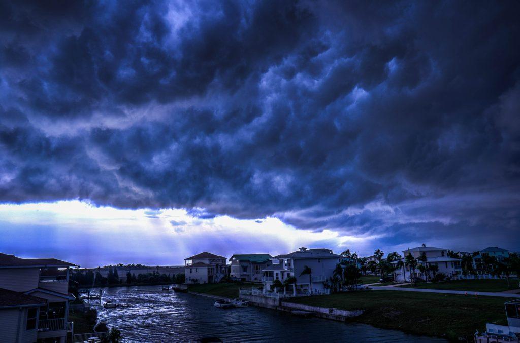storm-426787_1920