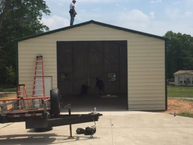 Custom Commercial Garage with 1050 sq. ft. of storage space.